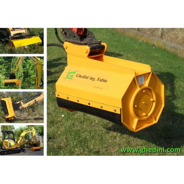 gyrobroyeur pour mini pelle tracteur agricole. Black Bedroom Furniture Sets. Home Design Ideas